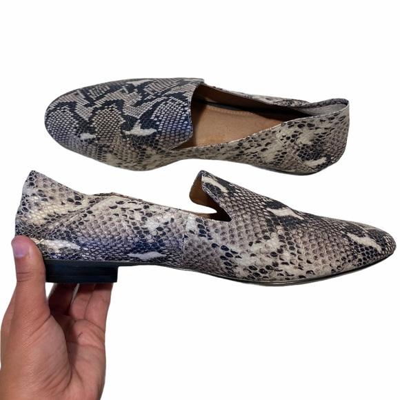 Halogen Snakeskin Loafer Flats Shoes Size 9.5